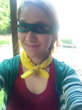 I WASN'T JOKING I AM TOTALLY ROBIN NOW GUYS